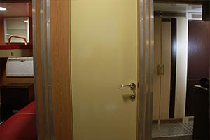 Фото двери жилого модуля ПОЖ