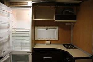 Фотография встроенного холодильника бытового модуля ПОЖ