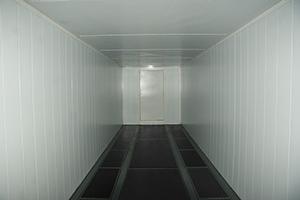 Фотографии 9-ти метрового кузов-контейнера с фальшполом