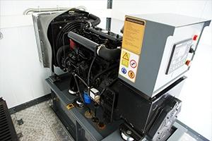 Дизельный генератор для электроснабжения контейнера