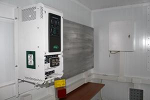 Фотография панели управления дизельным генератором