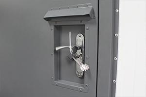 Фото межкомнатной металлической двери
