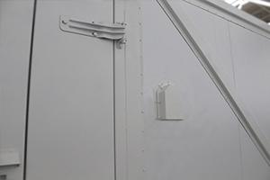 Кабельный ввод подключения контейнера для оборудования очистки воды