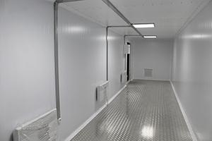 Фото внутренней отделки блок-контейнера из металла