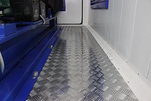 Фотография блок-контейнера для ДГУ вид изнутри