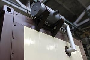 Фото выхлопной трубы контейнера для ДГУ 200кВт ЯМЗ