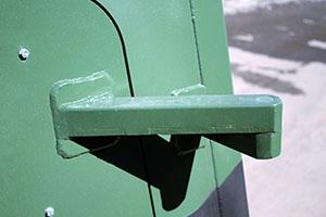Фото укрепленных дверных петель