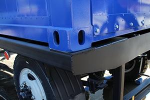 Фитинг металлического контейнера с ДГУ на шасси