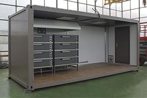 Первый шести метровый модуль контейнер с оснащением