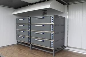 Фото оборудования внутри контейнера кухни