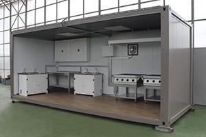 Фото металлических шкафов в контейнере полевом