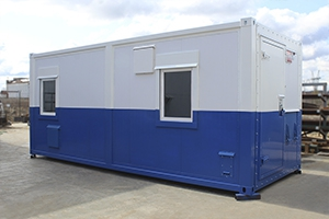 Фото мобильной аккумуляторной мастерской на базе кузов контейнера (6 метров)