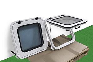 Фото откидного окна с размером 600х600 для блок-контейнеров