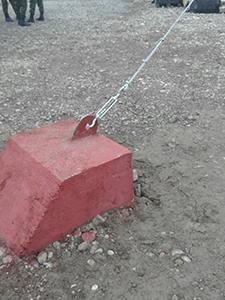Бетонный блок для крепления натяжного троса